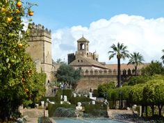 Un alcazar al lado de nuetra casa  #cordobaESP #Andalucia #followback #monuments #monumentos #photography #fotografia #placestogo #placestovisit