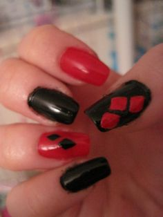 Harley quin nails robin