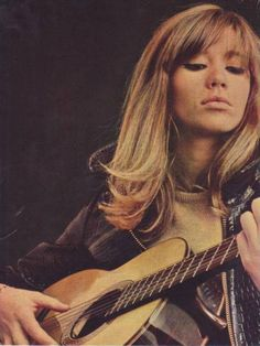 Françoise Hardy's hair is to die for.