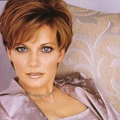 "martina mcbride haircuts | You can post this ""Martina Mcbride Hairstyles"" image that's above on ..."
