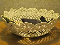 Ravelry: Lace Bowl pattern by Linda Permann. Free pattern.