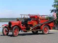 A seller in Carbondale, Pennsylvania, had listed a 1924 Ford TT/Pirsch fire truck for sale. The truck was in rough shape, but the wood spoke wheels were considered to be in good shape.