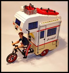 """Enjoy the great outdoors on a """"camper tricycle"""" Legos, Lego Camper, Lego Mini, Hipster Home, Cool Lego, Awesome Lego, Toy R, Lego Group, Lego Design"""