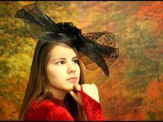 Hans Griffaton ZORA JE - Morgendämmerung - YouTube Childrens Hairstyles, Girl Hairstyles, Retro Fashion, Girl Fashion, View Wallpaper, Portrait, Cowboy Hats, Love Her, Youtube