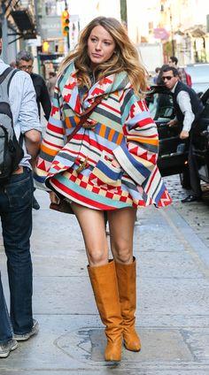 Tras conquistar la alfombra roja esta semana, la actriz nos muestra ahora su primer 'look' premamá de 'street style' mientras aprovecha para hacer algunas compras para su futuro hijo