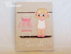 COCONIC: Cuadro infantil pintado a mano y personalizado de niña bailarina vistiéndose en clase de ballet.
