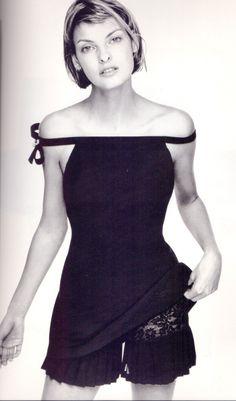 Linda Evangelista Atelier Versace 1994'-nice knickers