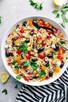 Orzo Pasta Salad {With a Lemon Vinaigrette!} | Chelsea's Messy Apron Orzo Salad Recipes, Veggie Recipes, Pasta Salad, Cooking Recipes, Healthy Recipes, Pasta Recipes, Dessert Recipes, Paleo Food, Healthy Cooking