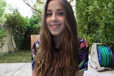 LilouxMakeUp Long Hair Styles, Stars, Youtube, Beauty, Long Hairstyle, Sterne, Long Haircuts, Long Hair Cuts, Beauty Illustration