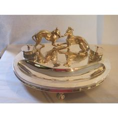 Ink Well with two Greyhounds on Engraved Base - Ink Wells and Stands - Antique Silver London