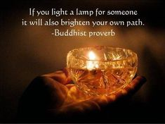 If you light a lamp for someone it will also brighten your own path. Buddhist proverb #westcoastaromatherapy #learnaromatherapy #learnaboutessentialoils #aromatherapycourses #aromatherapyschool #1iloveessentialoils #essentialoils4everyone #Greatwordsofwisdom