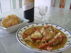 asopao de langosta con arepas viequenses Lobster Soup, Seafood Soup Recipes, Comida Boricua, Puerto Rico Food, Home Meals, Dominican Food, Puerto Rican Recipes, Winter Soups, Food Tasting