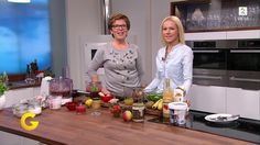 Berit Nordstrands sukkerfrie syltetøy, sjokoladenøttpålegg og smoothie - TV2.no Nom Nom, Good Food, Food And Drink, Coat, Glutenfree, Keto, Dessert, Sewing Coat, Gluten Free