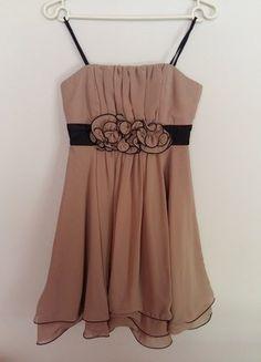 Kup mój przedmiot na #vintedpl http://www.vinted.pl/damska-odziez/krotkie-sukienki/17610752-bezowakawa-z-mlekiem-sukienka-36-okolicznosciowa-na-ramionkach