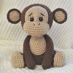 Crochet naughty monkey - free amigurumi pattern