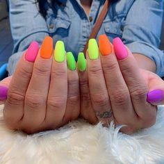 43 pretty ways to wear rainbow nails this summer Regenbogen Nägel Rainbow Nails, Neon Nails, Swag Nails, Neon Rainbow, Summer Acrylic Nails, Best Acrylic Nails, Bright Summer Nails, Bright Nails, Cute Nails