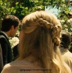 Letters to Juliet hairstyle