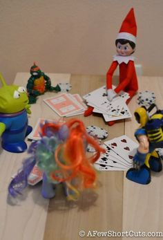 Elf on the shelf - cards