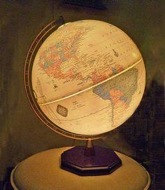 Cram Globe lamp