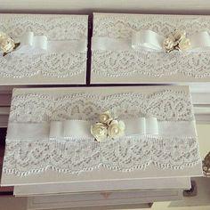 Resultado de imagem para caixa de mdf decorada para casamento branco e preto Wedding Gift Boxes, Wedding Cards, Wedding Gifts, Decoupage Box, Decoupage Vintage, Shabby Chic Boxes, Shabby Chic Decor, Crafts To Make, Diy Crafts