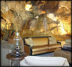 A hotel in a cave...in ARKANSAS!!!! YES PLEASE!!