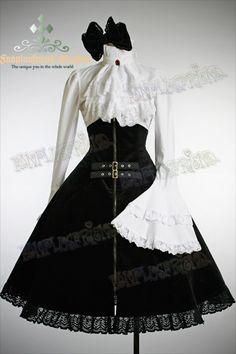 Gothic Lolita Steampunk.