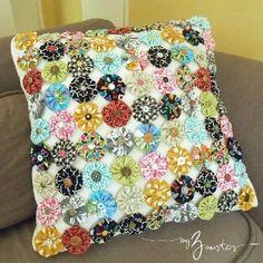 Sassy Yo Yo DIY Pillow