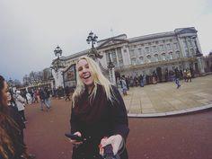 Liz invited me over for some tea  #London2k16 #ispyapi by heather_sheridan