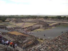 Calzada de los Muertos, Teotihuacan