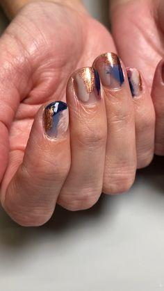 Gelish Colours, Colors, Nails Gelish, Maroon Nails, Abstract Nail Art, Nails 2018, Short Nails Art, Nail Inspo, Nails Inspiration