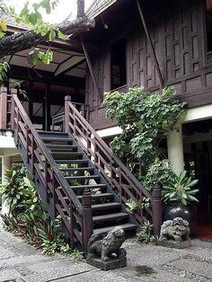 27 New Ideas Garden Design Cottage House Plans Asian House, Thai House, Asian Architecture, Garden Architecture, Cottage House Plans, Cottage Homes, Traditional Interior, Traditional House, Jim Thompson House