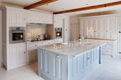 Modern Country Style: Colour Study: Farrow and Ball Elephant's Breath. kitchen with light blue island. home decor and interior decorating ideas. Georgian Kitchen, Colonial Kitchen, Georgian Homes, Country Kitchen, Grey Painted Kitchen, Kitchen Paint, Farrow And Ball Kitchen, Elephants Breath, Modern Country Style