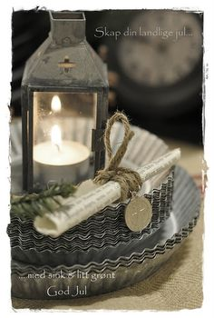 love old lanterns! Christmas Makes, Noel Christmas, Primitive Christmas, Vintage Christmas, Old Lanterns, Lanterns Decor, Chandeliers, Beautiful Home Gardens, Romantic Candles