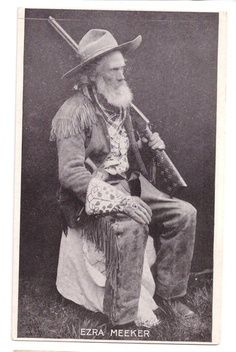 Ezra Meeker Postcard Portrait in Buckskins Oregon Trail Pioneer Mountain Man, American History, Native American, Cowboy Photography, Old West Photos, Oregon Trail, Western Cowboy, Cowboy Art, American Frontier