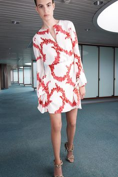 Giambattista Valli | Resort 2015 Collection | Style.com