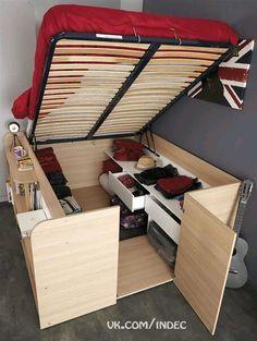Кровать с подъемным механизмом на подиуме