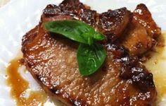 Mezclando el jamón con el sabor de las uvas obtenemos un delicioso plato, receta fácil de preparar y sencilla de acompañar. INGREDIENTES