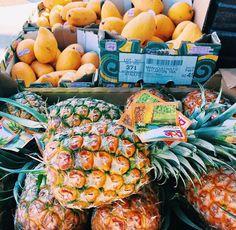 : Monday Markets (pc: @vedaskatter) #kiele #kielehawaii IG: @ki_ele WWW.KI-ELE.COM