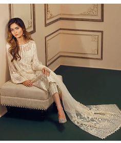 Lehenga Dupatta, Motif Design, Make Design, Saree Blouse Designs, Picture Design, Perfect Match, Dress Making, Indian Fashion, New Dress