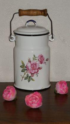 VINTAGE FRENCH Enamelware MILK POT - 1 Quart - Pink Roses design