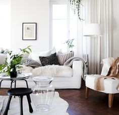 white curtains wooden floors Daniella witte photography.