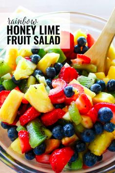This Honey Lime Fruit Salad is so easy to make with fresh, seasonal fruit and a super simple dressing made with lime juice and honey! Perfect for brunch! Homemade Fruit Salad, Fruit Salad Recipes, Fruit Salads, Recipes Using Fruit, Best Fruit Salad, Healthy Snacks, Healthy Eating, Healthy Recipes, Healthy Fruits