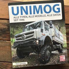 """Buchvorstellung: Unimog - Alle Typen alle Modelle alle Daten seit 1946 // Peter Schneider der bereits drei Bücher zum Thema Unimog geschrieben hat veröffentlichte vor kurzem sein neues Werk """"Unimog - Alle Typen alle Modelle alle Daten seit 1946"""". Bei diesem Buch handelt es sich um eine komplette Chronik des beliebten Allrad-LKW. Mehr im Magazin. #allradlkw #unimog #reisemobil #mercedesbenz #unimoglife http://ift.tt/2qJYat8"""