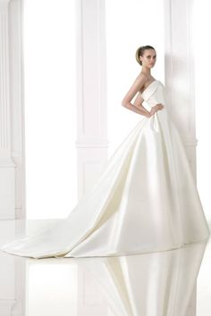 Atelier Pronovias Bridal Fall 2015. See all the best Bridal Week looks here.