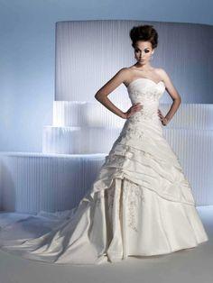 Sweetheart ruching ball gown taffeta bridal gown