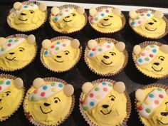 Pudsey Bear Cupcakes Children In Need Cakes, Cooking Ideas, Food Ideas, Bear Cupcakes, Bear Crafts, Beren, Cake Face, Christmas Crafts For Kids, Toddler Crafts