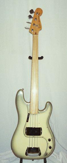 '78 Antigua Fretless P-Bass