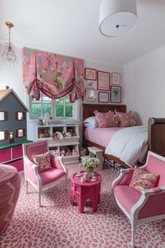 Girl's Room design photos, ideas and inspiration. Amazing gallery of interior design and decorating ideas of girl's rooms by elite interior designers. Teen Girl Bedrooms, Little Girl Rooms, Teen Bedroom, Girls Dressing Room, Childrens Room, Girls Room Design, Kids Decor, Home Decor, Up Girl
