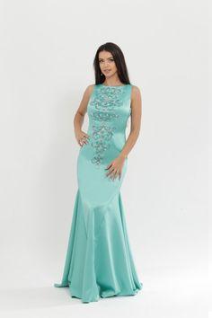http://voloca-wedding-dresses.com/images/stories/virtuemart/product/VWD_DV_30_a.jpg