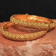 Determing the best bracelets for your special someone is very difficult although when you know where to search and also the the latest fashion of jewelry nowadays, it is fairly easy. Gold Diamond Earrings, Diamond Jewelry, Gold Jewelry, Jewelery, Gold Necklace, Silver Earrings, Diamond Rings, Antique Jewelry, Beaded Jewelry